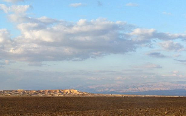 עמוד הענן הוא סמל לתקופת הביניים המדברית
